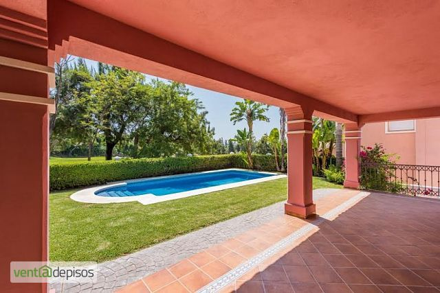 Venta casa piscina Guadalmina golf